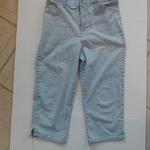 Checkered Gloria Vanderbilt Capris petite sz 12